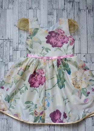 Нарядное платье на девочку с цветочный рисунком