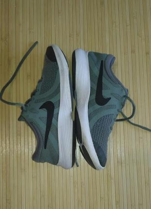 Дышащие кроссовки nike, размер 37.5