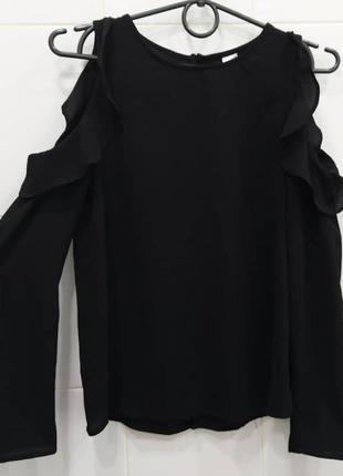 Оригинальная шифоновая блуза с рюшами и открытыми плечами