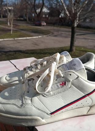 Кожаные кроссовки adidas 45-46