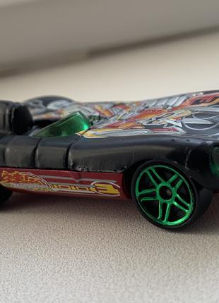 Редкая модель Hot Wheels Jaguar D-Type из США