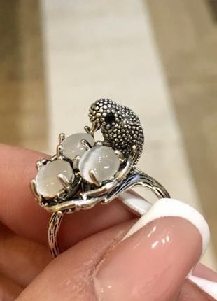 🌿дизайнерское кольцо - птичка в гнезде, камни кошачий глаз, но...