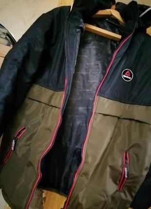 Мужская куртка Reebok новая, отличное качество. 54-56р