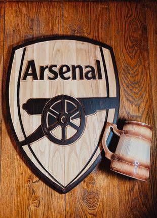 """Логотип ФК """"Арсенал Лондон"""" из дерева в двух цветах"""