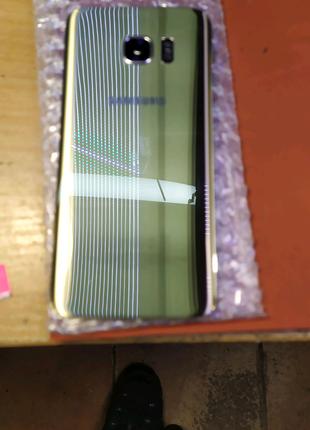 Задня стінка Samsung s7 edge