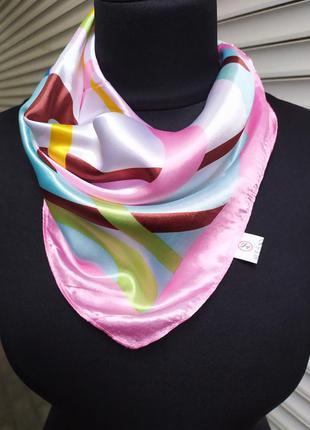 Шейный платок белый розовый в наличии