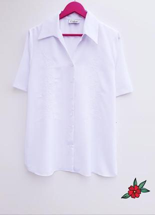 Нарядная рубашка с вышивкой большой размер снежно белая рубашка