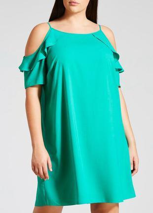 Новое платье с открытыми плечами 24/58-60 размера
