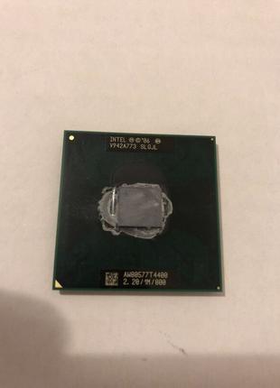 Intel pentium T4400/2.20/1/800