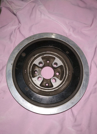 Шкив коленвала 028105243T Volkswagen T4