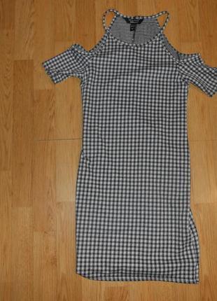 Платье на девочку 10-11 лет