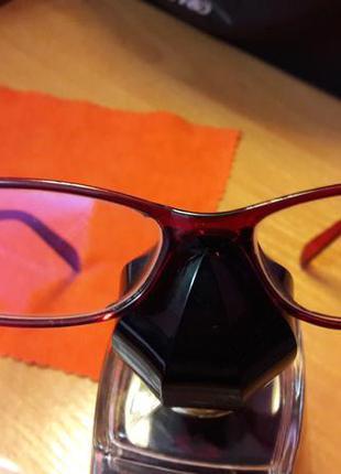 Очки для работы за компьютером. стекло с защитой