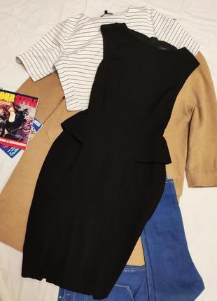 Платье чёрное карандаш футляр классическое с баской с утяжкой tu