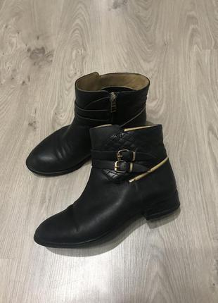 Полусапожки ботинки натуральная кожа luciano carvari