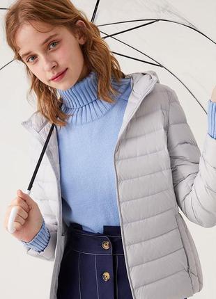Куртка осень весна женская с капюшоном