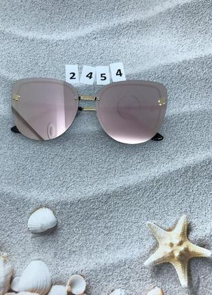Пудровые солнцезащитные очки к. 2454