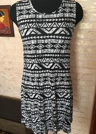 Натуральное платье в ромбики