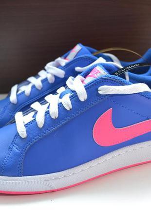 Nike 38р кроссовки . оригинал. новые