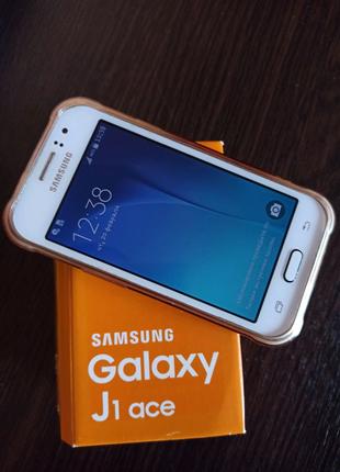 Продам Samsung galaxy J1 Ace