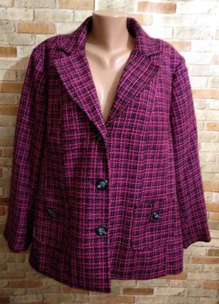 Теплое твидовое полупальто пиджак в клетку 28/62-64 размера
