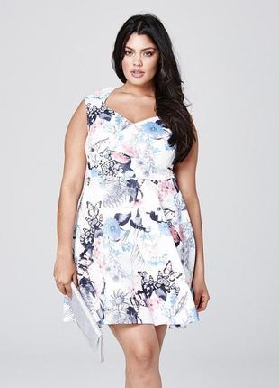 Платье в цветы и бабочки