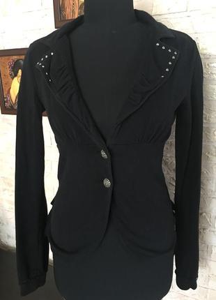 Натуральный черный пиджак с кружевом