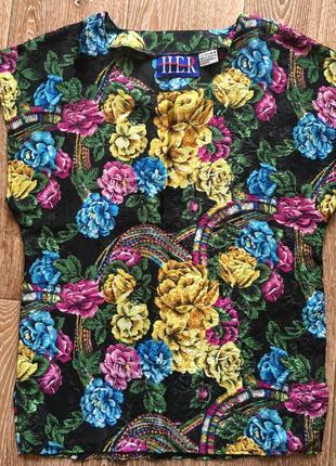 Атласная блуза в цветы