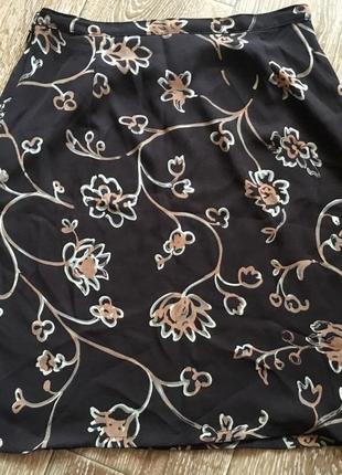 Юбка в цветы на подкладке