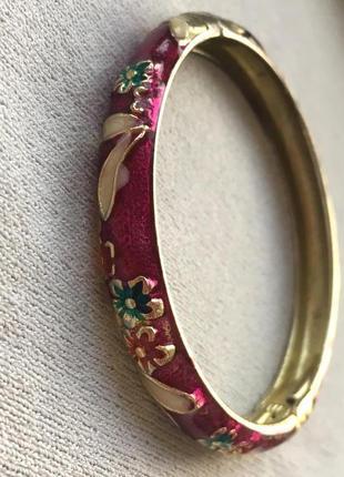 Металлический браслет с цветочками