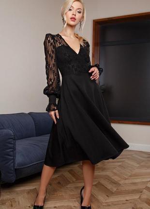 Чёрное кружевное платье-миди