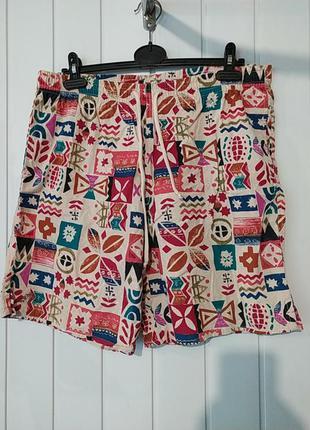 Веселые мужские пляжные шорты