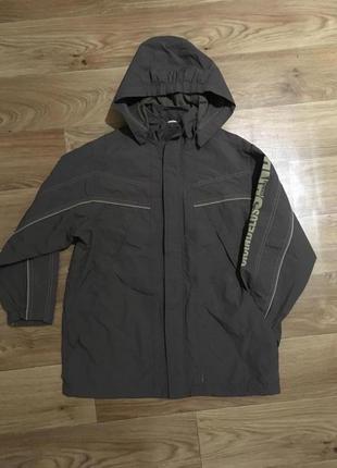 Крутая куртка ветровка дорогого бренда mexx на мальчика 9-10 лет