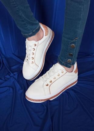 Кросівки для дівчинки zoom