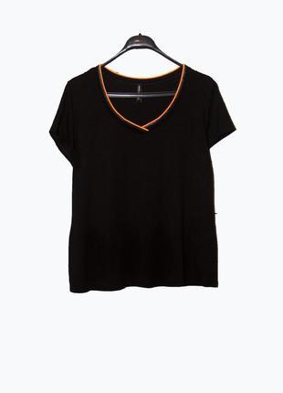 Черная женская футболка m&s uk 20/22