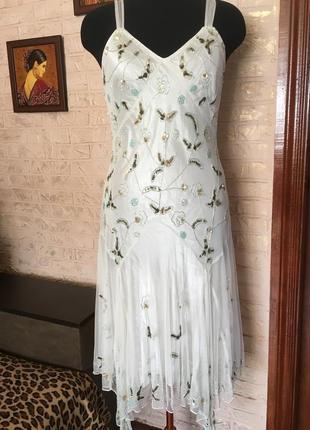 Белое платье расшитое бисером и пайетками #розвантажуюсь