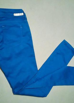 Красивые джинсы  скини