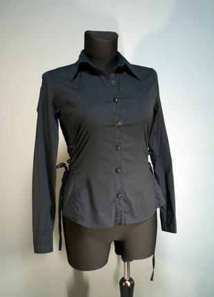 Черная приталенная рубашка блузка со шнуровкой