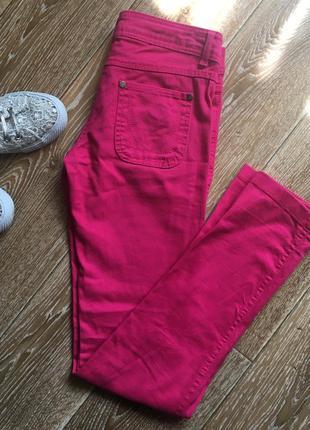 Розовые джинсы скинни от denim co