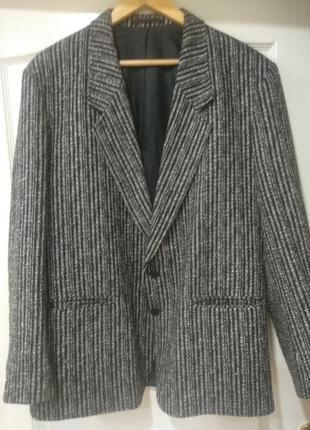 Мужской пиджак,розмер 52 turo