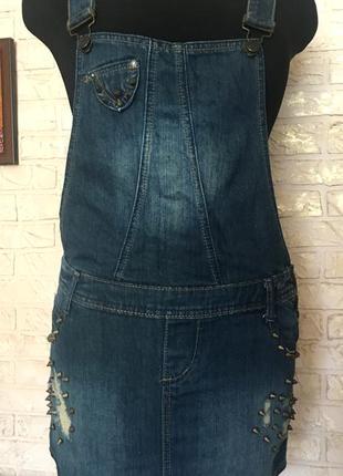 Джинсовая юбка-комбинезон