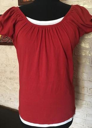 Натуральная красная футболка