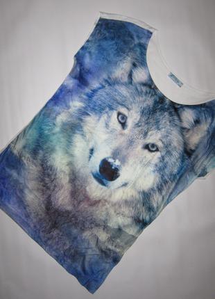Крутая футболка с волком