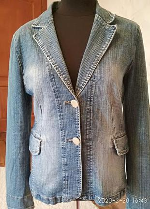 Стильный джинсовый пиджак размер 46-48.