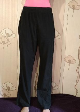 Спортивные штаны для дома и сна
