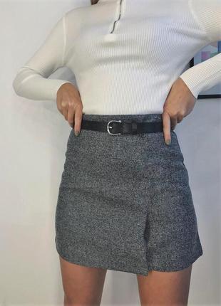 Теплая шерстяная юбка с разрезами