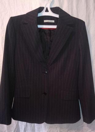 Жакет в  красную полоску чёрный пиджак приталенный