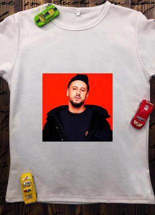Мужская футболка с принтом - монатик