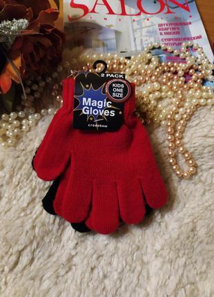 Класний наборчик рукавичок. чорні і червоні нові