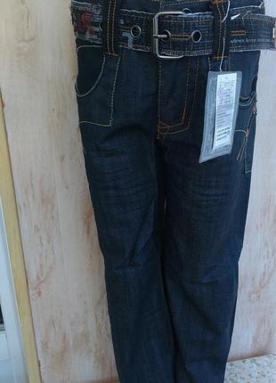 Распродажа! красивые джинсы, брюки на мальчика. для школы 5,6,...