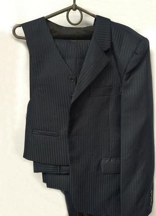 Распродажа! школьный пиджак+жилетка на мальчика 10-11 лет 140-...